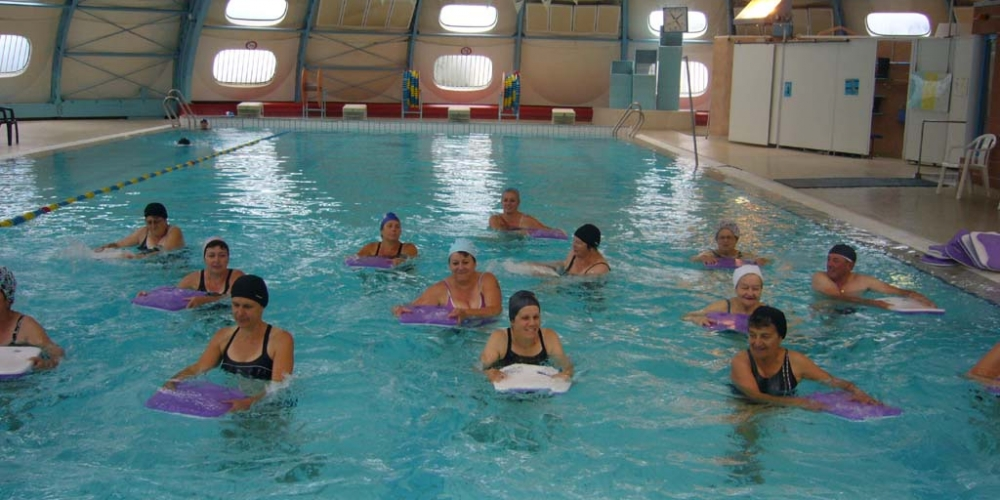 Aqua gym renseignements 04 76 56 06 20 - Piscine saint egreve ...
